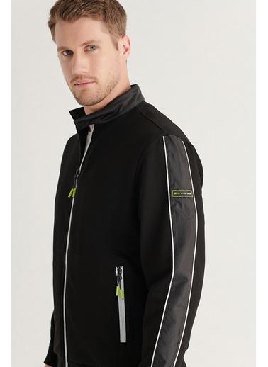 Avva AVVA Erkek Siyah Dik Yaka Reflektör Detaylı Parçalı Sweatshirt A11Y1015 Siyah